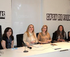 Presentación de «Mujeres en la historia» en biblioteca Eugenio Trías, El Retiro, Madrid. 2016