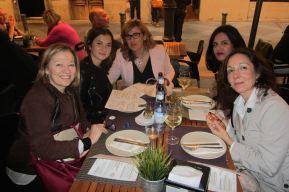 Después de la presentación, la cena. Alicante, 26 de octubre del 2015.